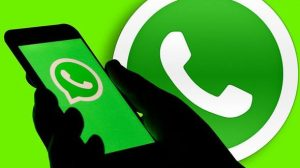 WhatsApp introduces fast playback feature